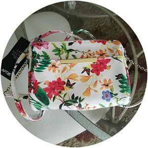 Apt. 9 | Floral purse wallet